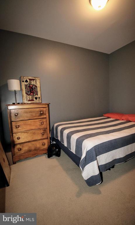 Basement- Egress Window makes 4th Bedroom - 42658 HARRIS ST, CHANTILLY