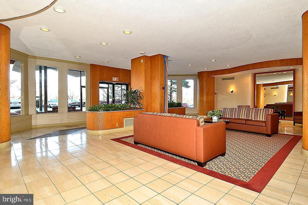 Lobby - 2500 N VAN DORN ST #909, ALEXANDRIA