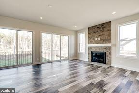 Annefield Family Room - 24462 CAROLINA ROSE CIR, ALDIE