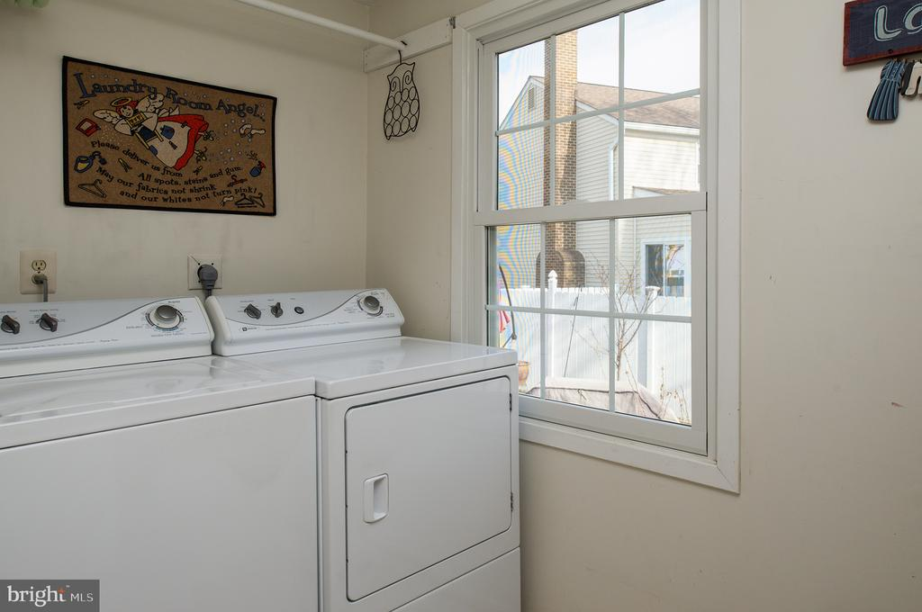 Newer washer & dryer acquired in 2018 - 3295 BLUE HERON DR, FALLS CHURCH