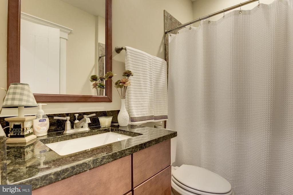 lower level full bath - 1307 N GEORGE MASON DR, ARLINGTON