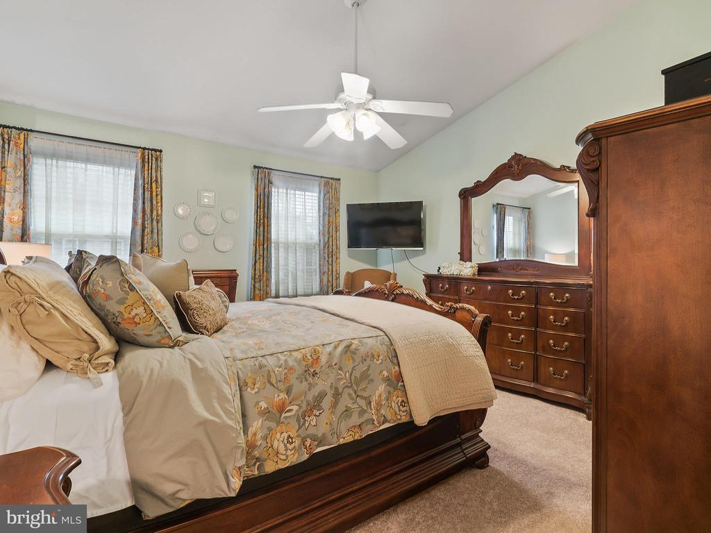 Master Bedroom - 5629 EPPES ISLAND PL, MANASSAS