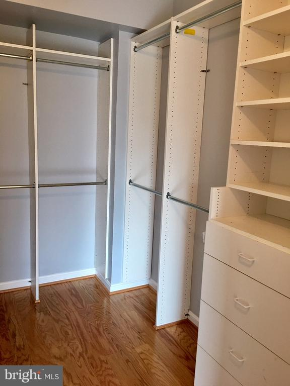 Walk-In Closet in MBR - 22 COURTHOUSE SQ #407, ROCKVILLE
