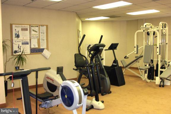 Fitness Center - 22 COURTHOUSE SQ #407, ROCKVILLE