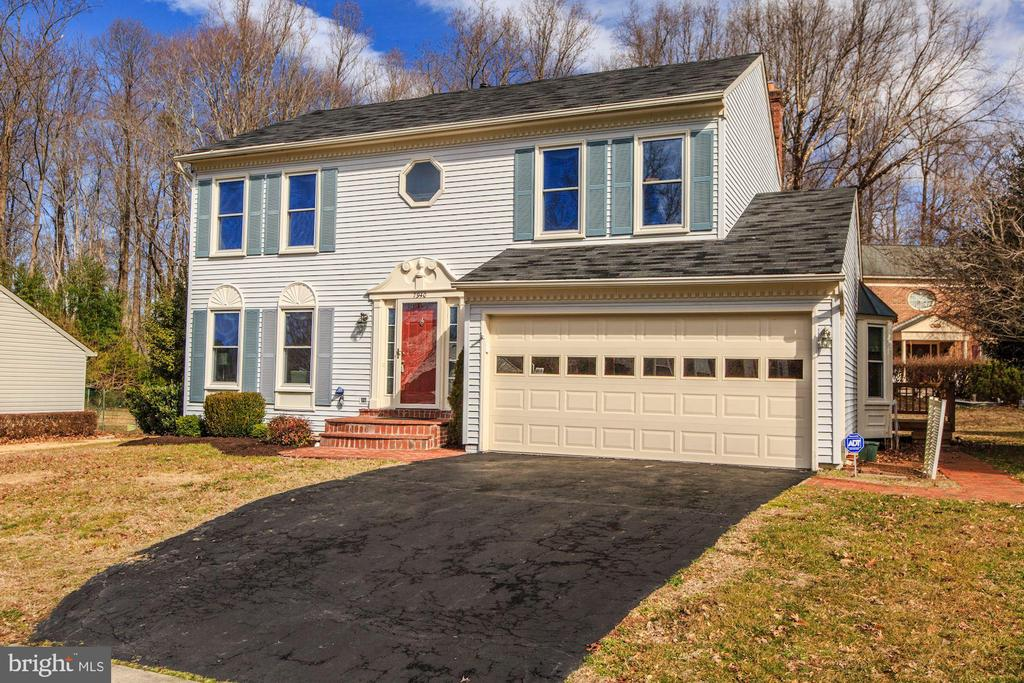 7940  DONEGAL LANE, Springfield, Virginia