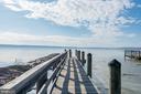 Community pier - 5916 HALLOWING DR, LORTON