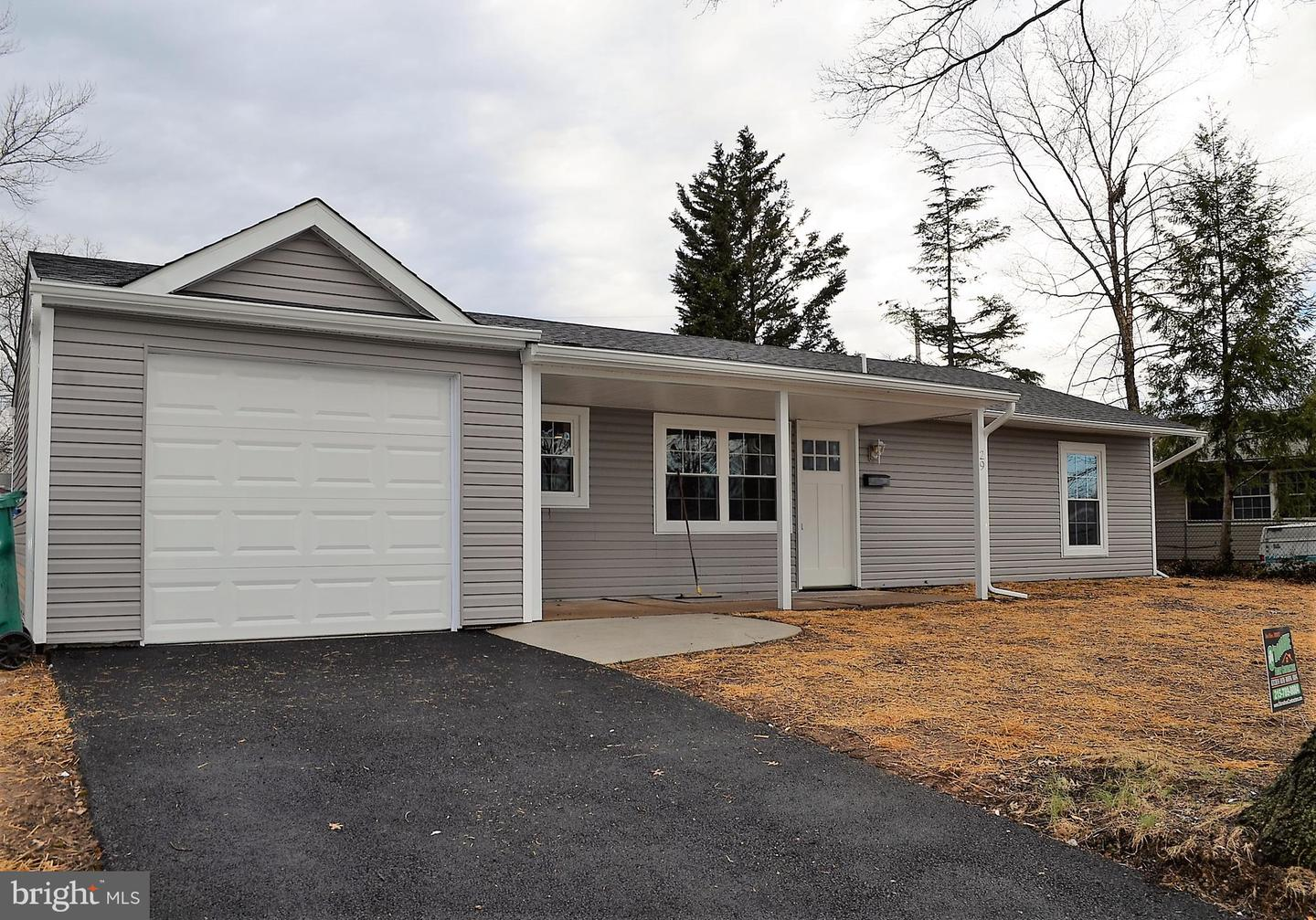 Photo of home for sale at 29 Favored Lane, Levittown PA