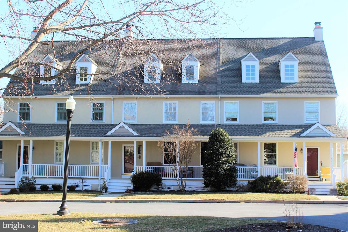 Photo of home for sale at 143 Carpenters Row, Wilmington DE