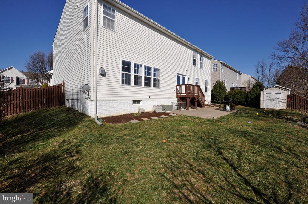 Fully Fenced Rear Yard with Deck, Patio & Shed! - 6 GRANITE CT, FREDERICKSBURG