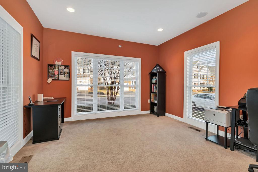 Main level office with pretty view - 42445 MEADOW SAGE DR, BRAMBLETON