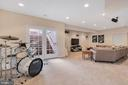 Lots of sunny space - 42445 MEADOW SAGE DR, BRAMBLETON