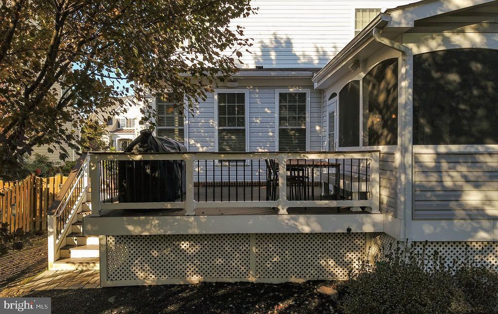 Recently updated deck & porch - 42445 MEADOW SAGE DR, BRAMBLETON