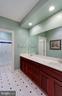Master Bath - 12970 WYCKLAND DR, CLIFTON