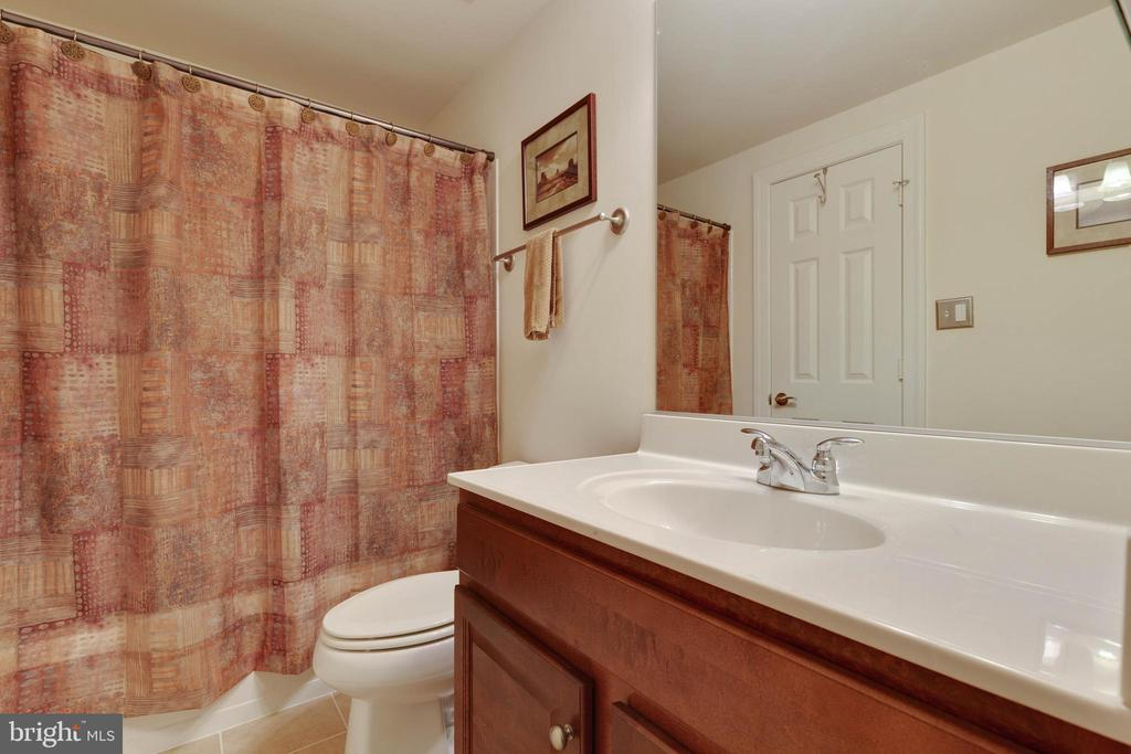 Basement Full Bath - 3341 DONDIS CREEK DR, TRIANGLE