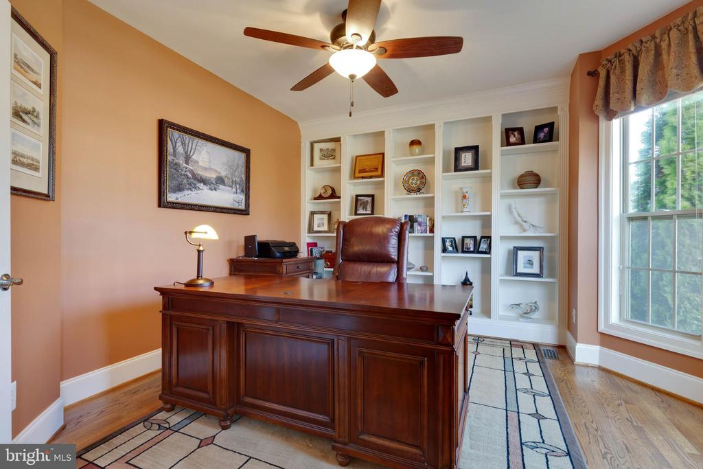 Office - 3341 DONDIS CREEK DR, TRIANGLE