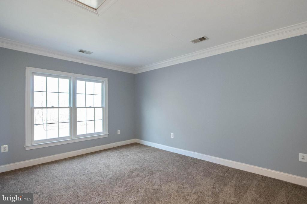 Bedroom to make your own space - 3713 STONEWALL MANOR DR, TRIANGLE