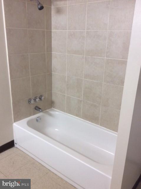 Basement Bathroom Pic 2 - 1200 42ND PL NE, WASHINGTON