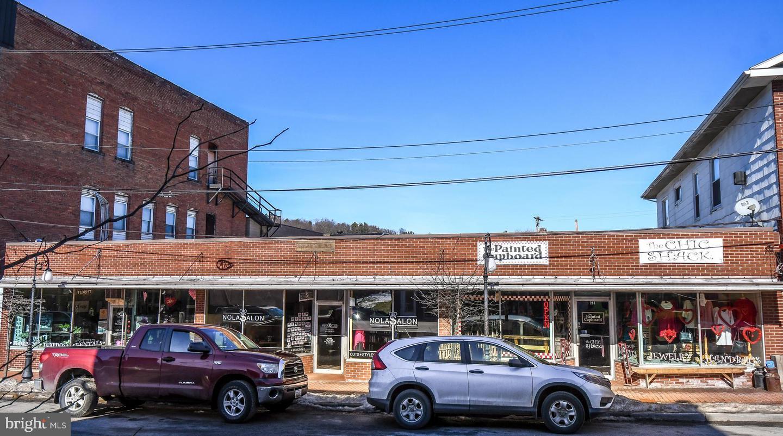 Commercial for Sale at 210 Alder Oakland, Maryland 21550 United States