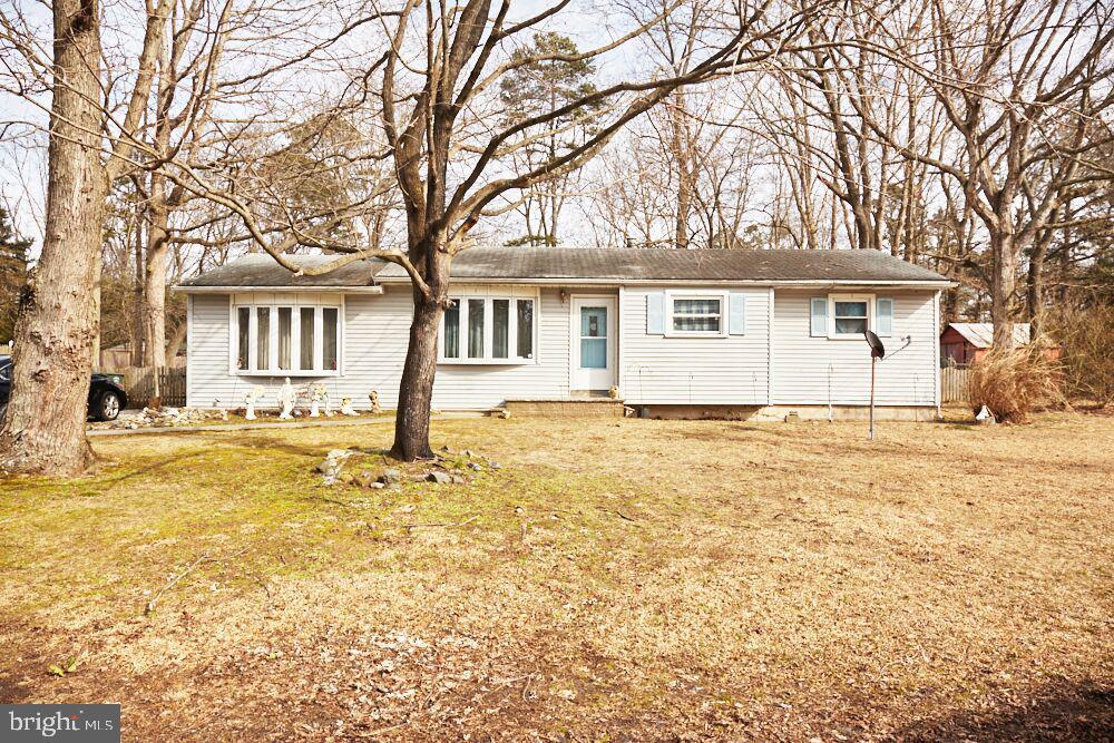 Single Family Homes pour l Vente à Malaga, New Jersey 08328 États-Unis