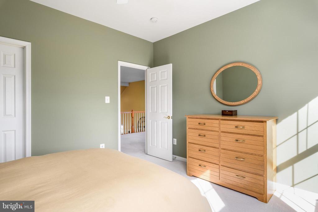Bedroom 2 - 19030 COTON FARM CT, LEESBURG