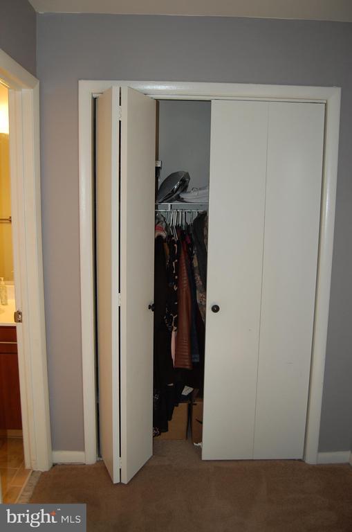 Closet - 4007 AMES ST NE, WASHINGTON
