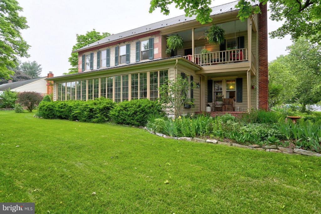 7  FARM LANE, Manheim Township, Pennsylvania