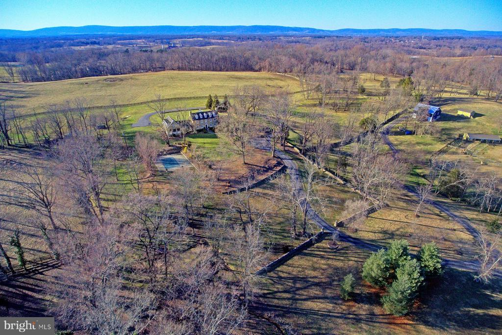 Arial view showing view of the Blueridge Mountains - 22941 FOXCROFT RD, MIDDLEBURG