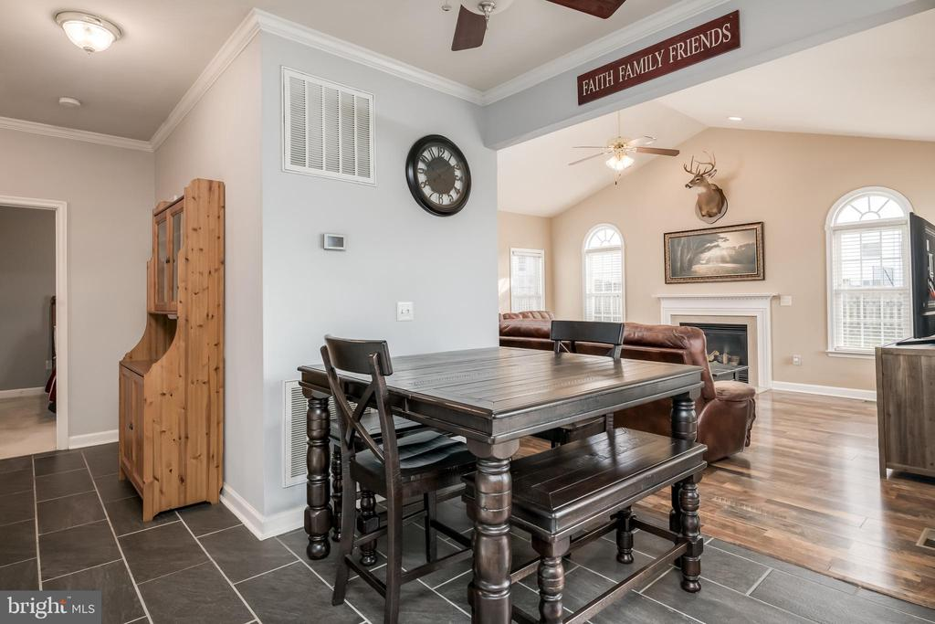Lovely Space for Your Breakfast Table - 10405 ABERDEEN CT, FREDERICKSBURG