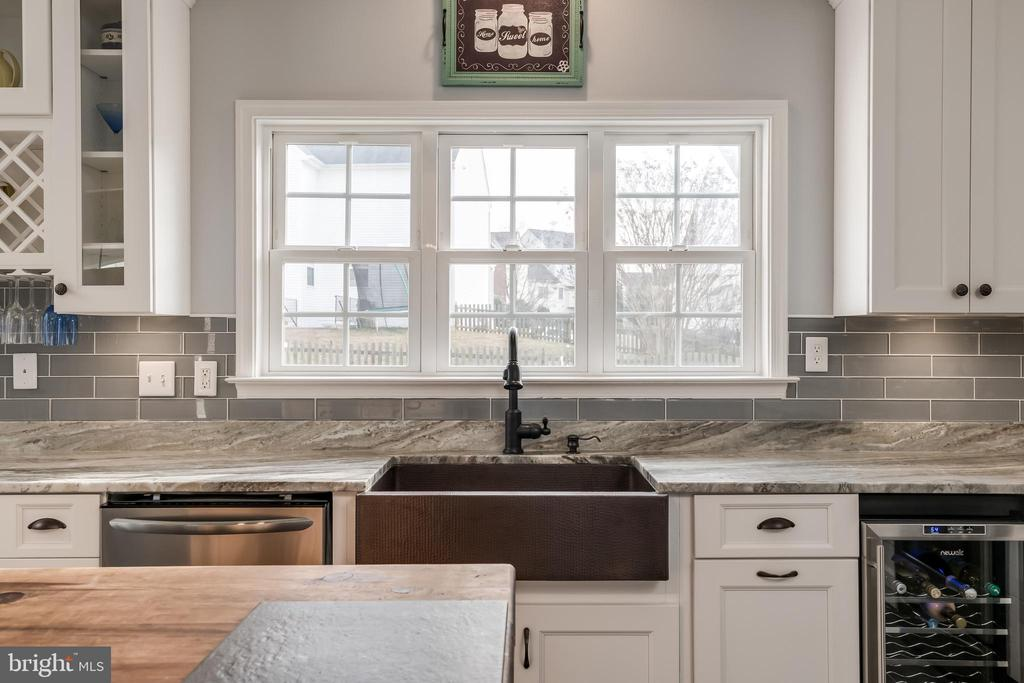 Lots of Light While at the Gorgeous Sink - 10405 ABERDEEN CT, FREDERICKSBURG