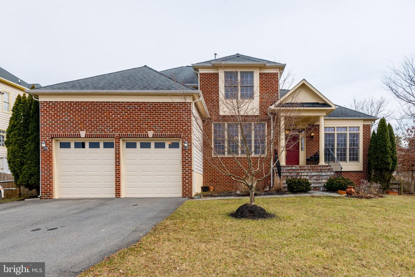 Single Family for Sale at 14185 Travilah Rd Rockville, Maryland 20850 United States