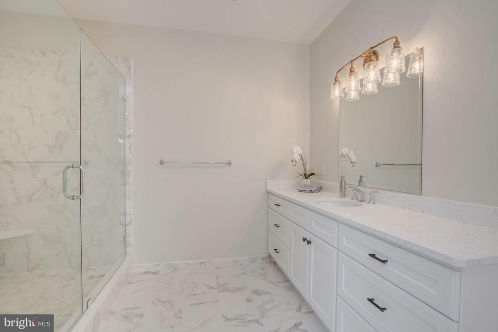 Gorgeous Shower and Separate Vanities - 10510 COBBS GROVE LN, FAIRFAX