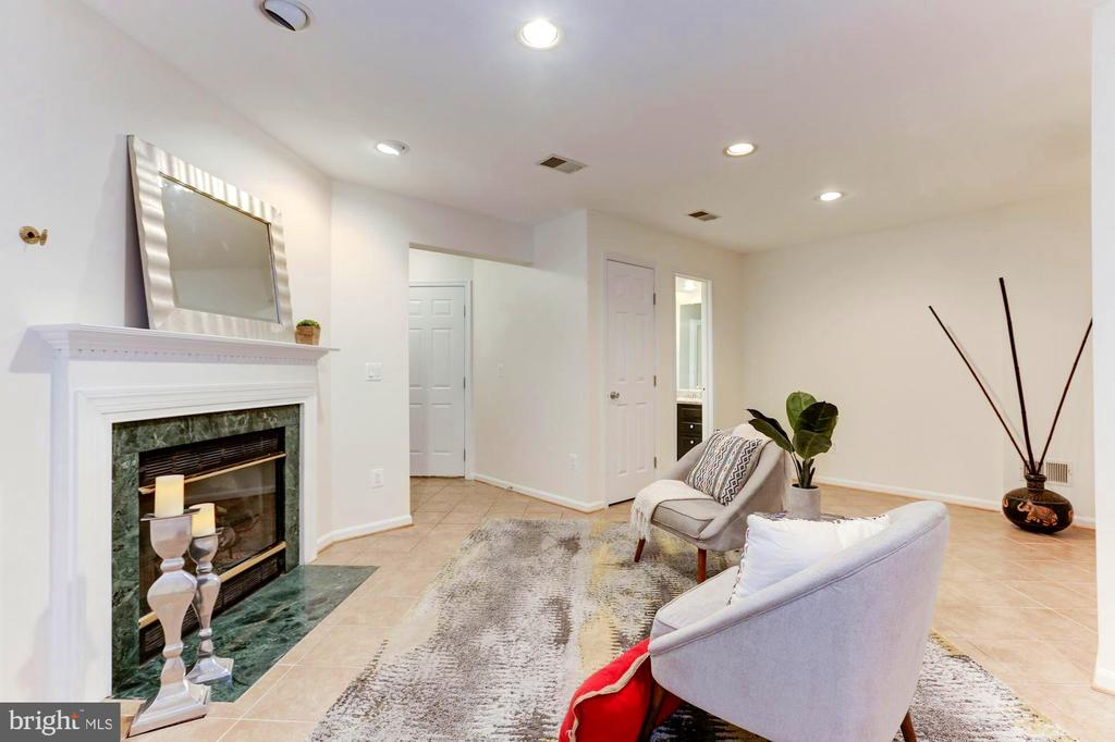 Basement could be used for in-laws/au paire suite - 1460 PARK GARDEN LN, RESTON
