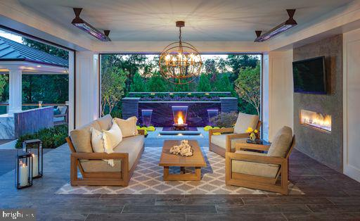Windermere  Fountain View with  Outdoor Seating - 41288 LAVENDER BREEZE CIR, ALDIE