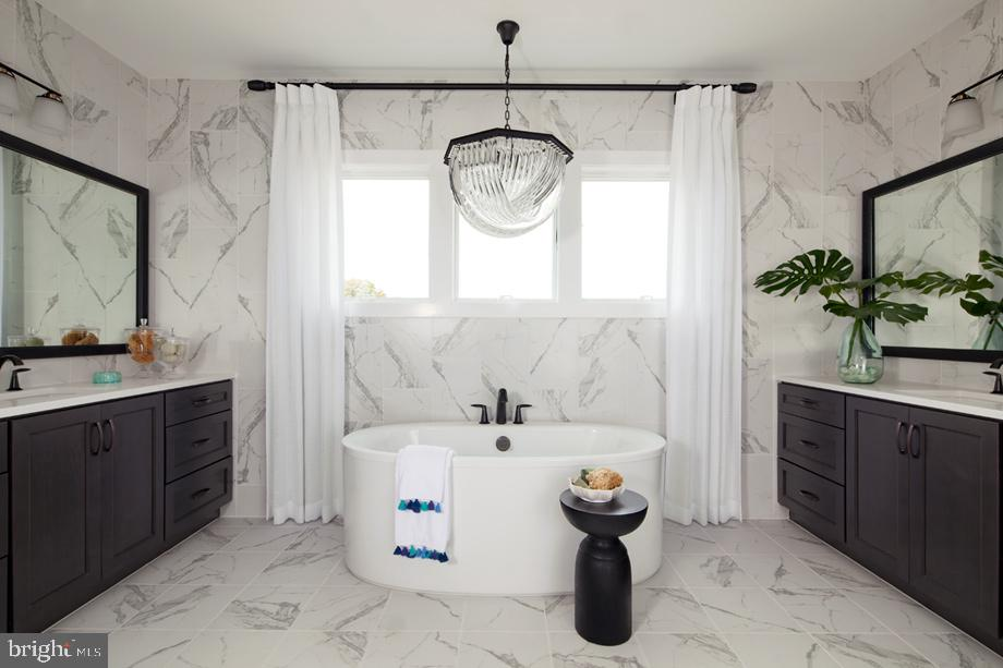 Windermere  Master Bathroom - 41288 LAVENDER BREEZE CIR, ALDIE
