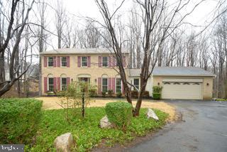 4911  TYDFIL COURT,Fairfax  VA