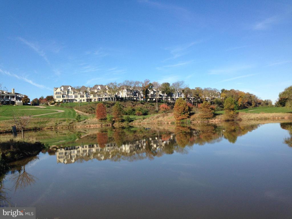 Reflection Lake at River Creek Club - 18403 KINGSMILL ST, LEESBURG