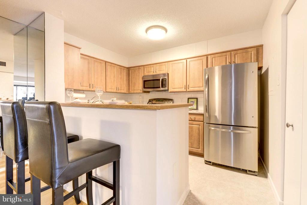 Renovated Kitchen. - 2111 WISCONSIN AVE NW #205, WASHINGTON