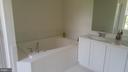 master bath - 9848 MAGLEDT, PARKVILLE
