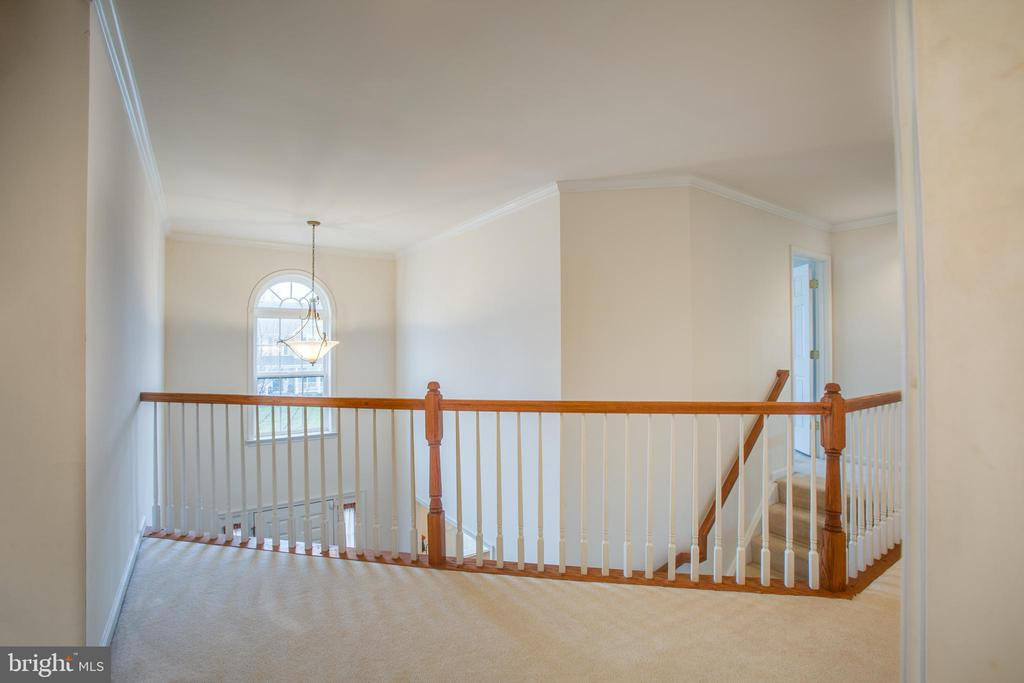 VIEW LOOKING TOWARD THE FAMILY ROOM - 19 SAINT CHARLES CT, STAFFORD
