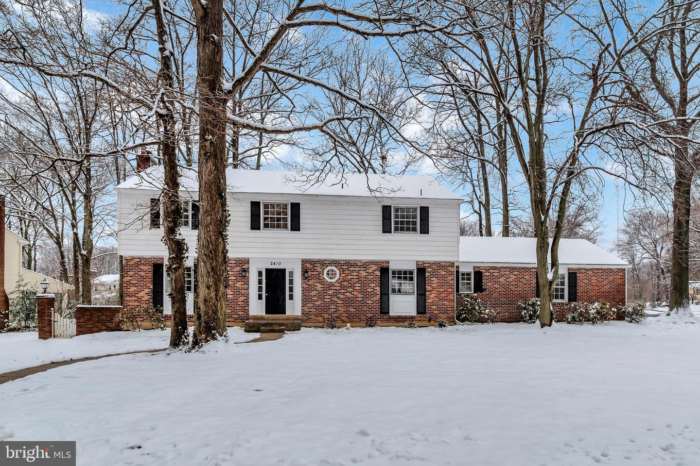 Photo of home for sale at 2410 Greendale Road, Wilmington DE
