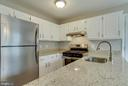 Kitchen - 6317 THOMAS DR, SPRINGFIELD