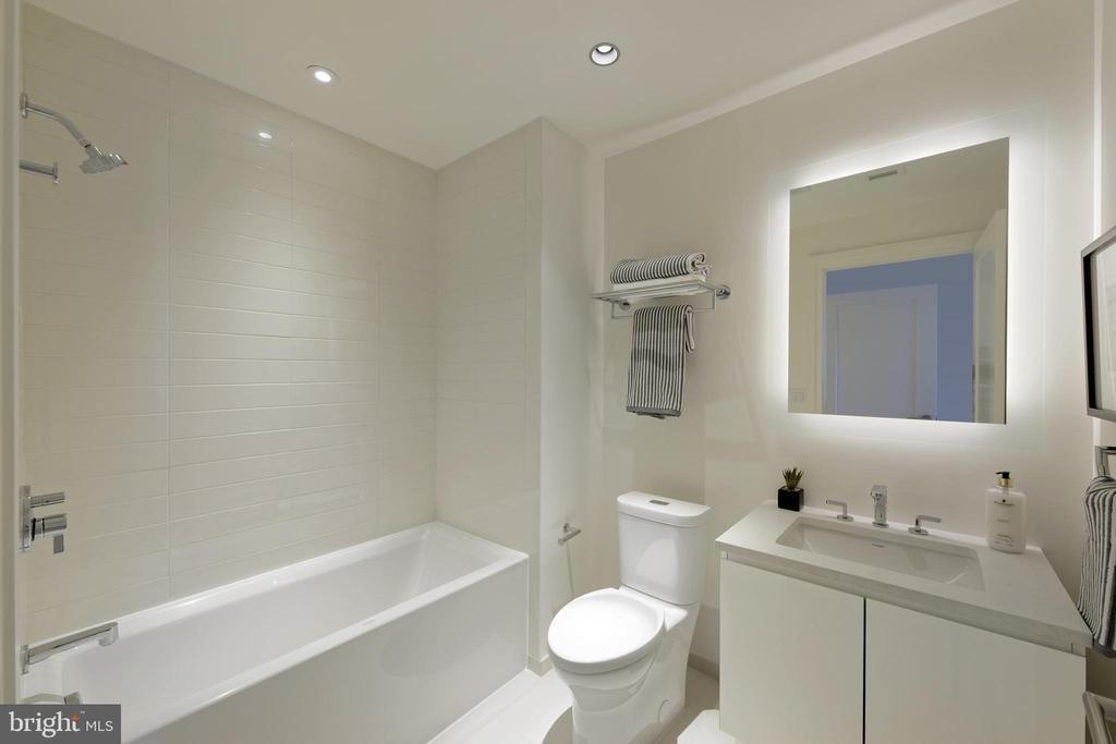 Bath - 2501 M ST NW #411, WASHINGTON