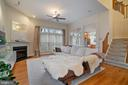 Light filled room with hardwood floors - 9100 BRIARWOOD FARMS CT, FAIRFAX