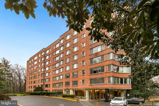 4200 CATHEDRAL AVE NW #312