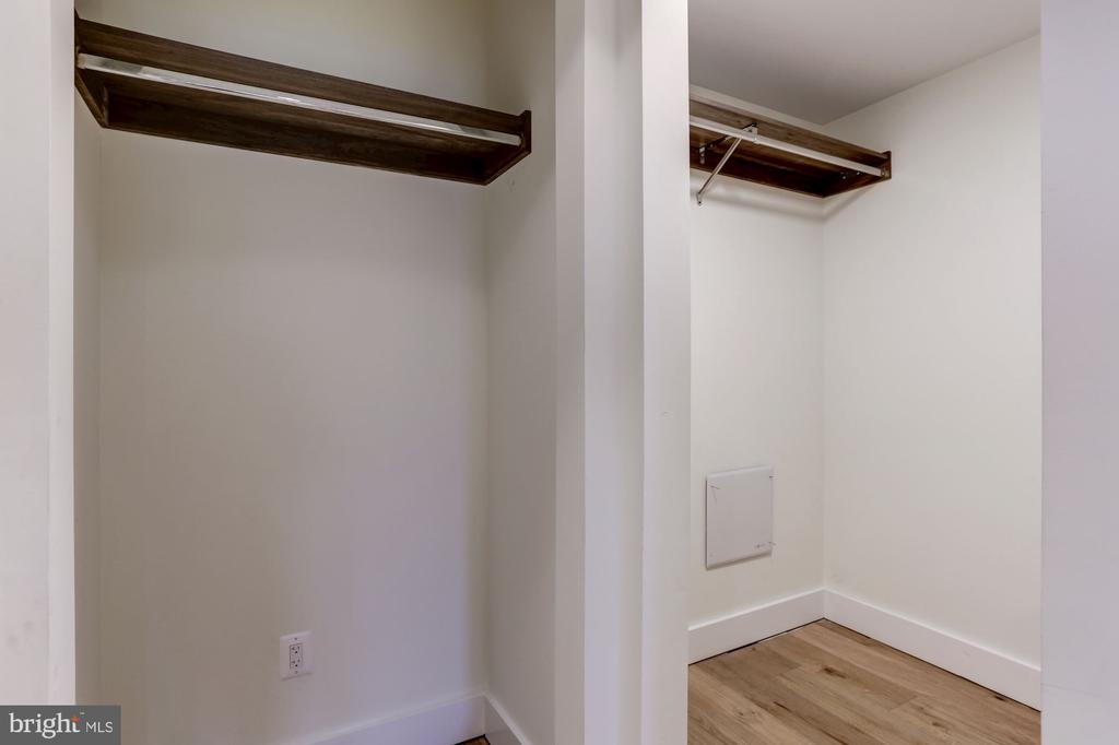 Master Bedroom walk in closets - 1468 BELMONT ST NW #3 WEST, WASHINGTON