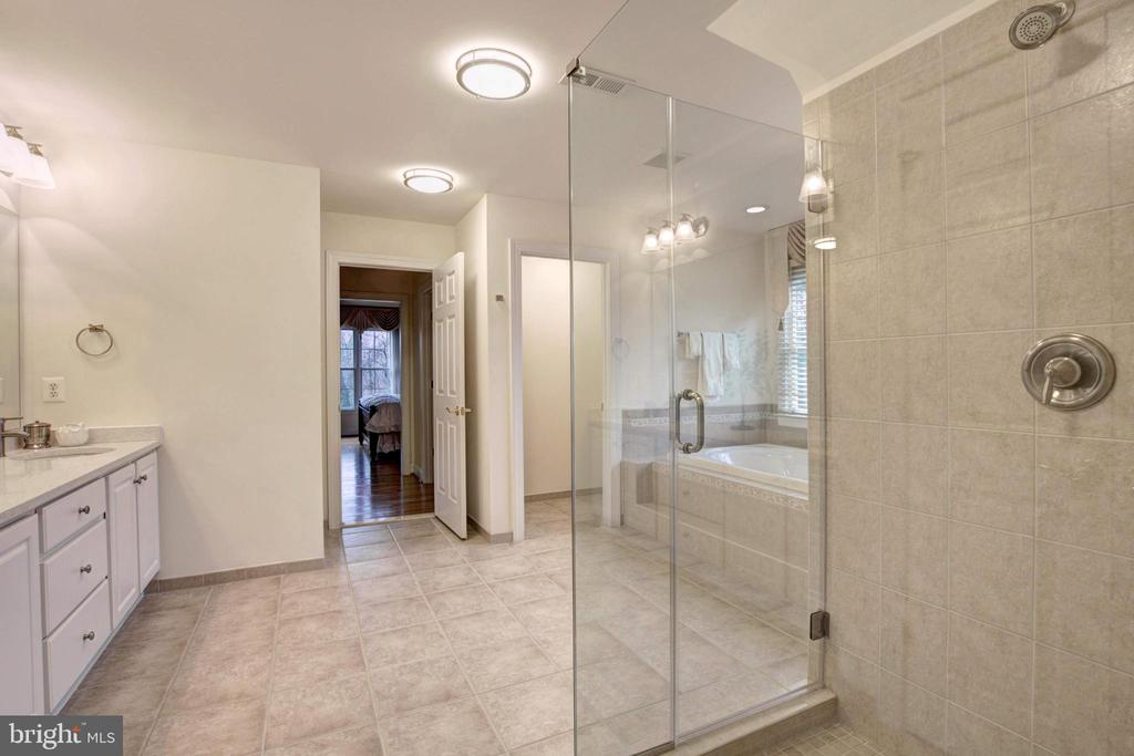 Master Bath - 9321 WEIRICH RD, FAIRFAX