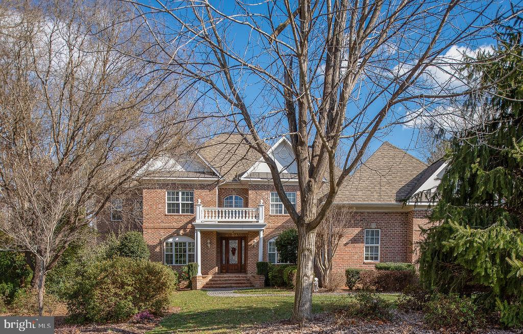 Full Brick Custom Home In the Bluffs of Fawn Lake - 11207 KNOLLS END, SPOTSYLVANIA
