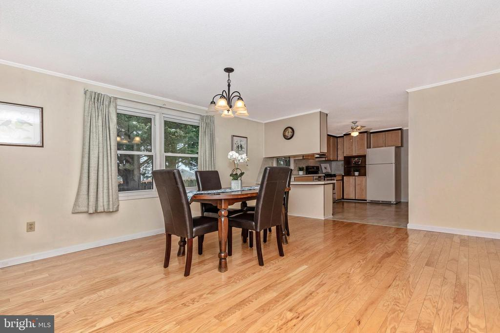 Large window with view of backyard - 110 ELK DR, HANOVER