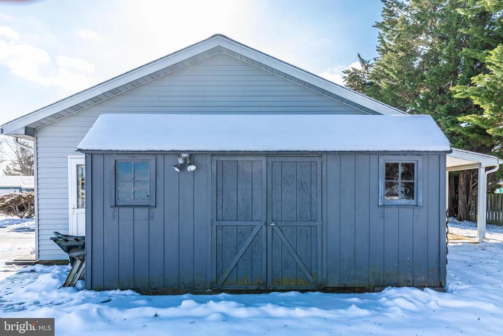 Storage shed off the garage - 110 ELK DR, HANOVER