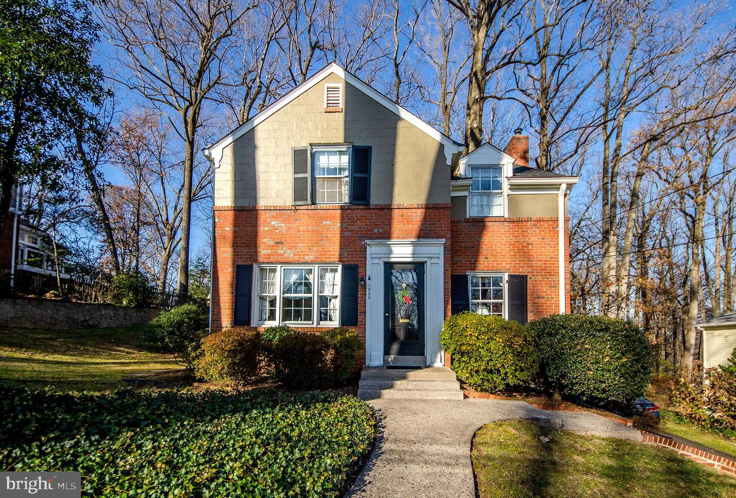 1308 TRACY PLACE, FALLS CHURCH, Virginia